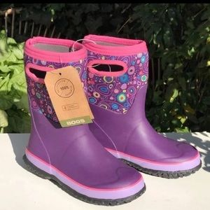 BOGS🍁🍂Rain Boots size 2 new with tags